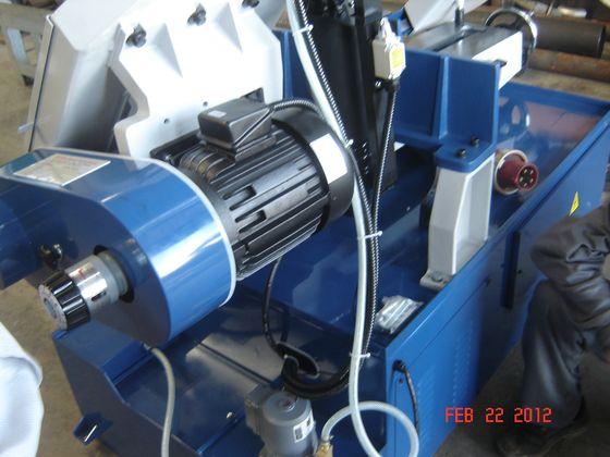 Động cơ chính của máy cưa UE-330SSA